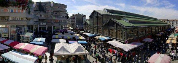 Marché couvert à Saint Denis, venez acheter du miel