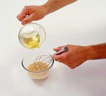 Vinaigrette au miel et moutarde à l'ancienne